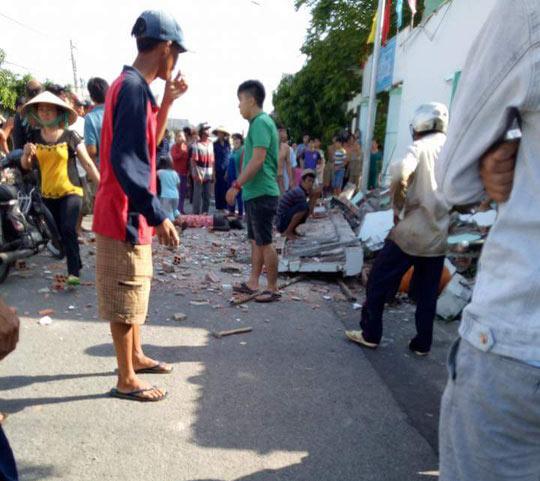 bê tông sập, sập bê tông 3 người chết