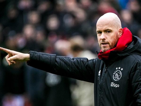 HLV Ajax phủ nhận khả năng đến Barca thay Valverde