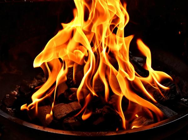 Nằm mơ thấy có người dập lửa có ý nghĩa gì, chơi xổ số con gì may mắn