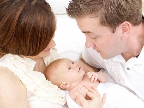 Nằm mơ thấy sinh con là điềm gì? Đánh lô đề con nào?