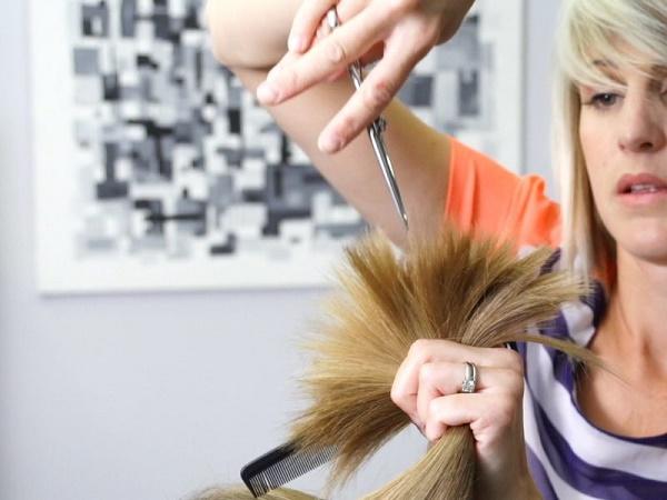 Nằm mơ thấy cắt tóc là điềm gì? Đánh lô đề con nào?