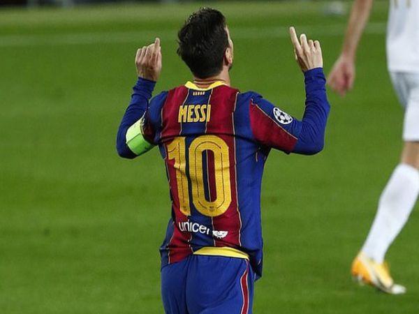 Tin bóng đá trưa 21/10: Messi lập kì tích ở Champions League