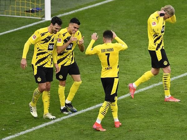 Tin bóng đá sáng 3/3: Dortmund vào bán kết Cúp QG Đức