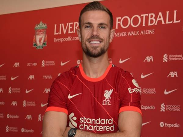 Bóng đá Anh 1/9: Liverpool giữ chân thành công thủ lĩnh Henderson